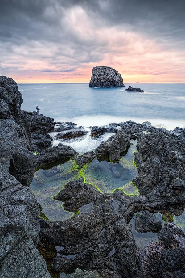 Angler am Felsen (Porto da Cruz / Madeira)