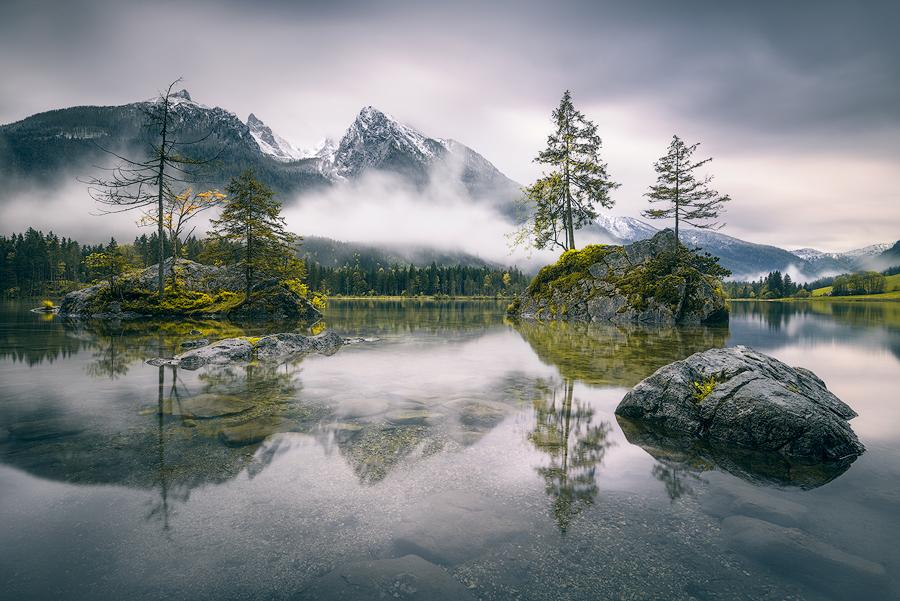 Regenmorgen am Hintersee (Bayern)